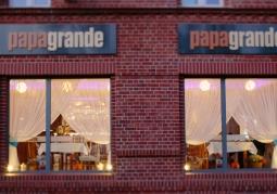 Papa Grande Restaurant